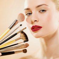 Como Fazer a Maquiagem Durar Mais